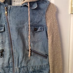 Billabong Jackets & Coats - BILLABONG jean jacket.